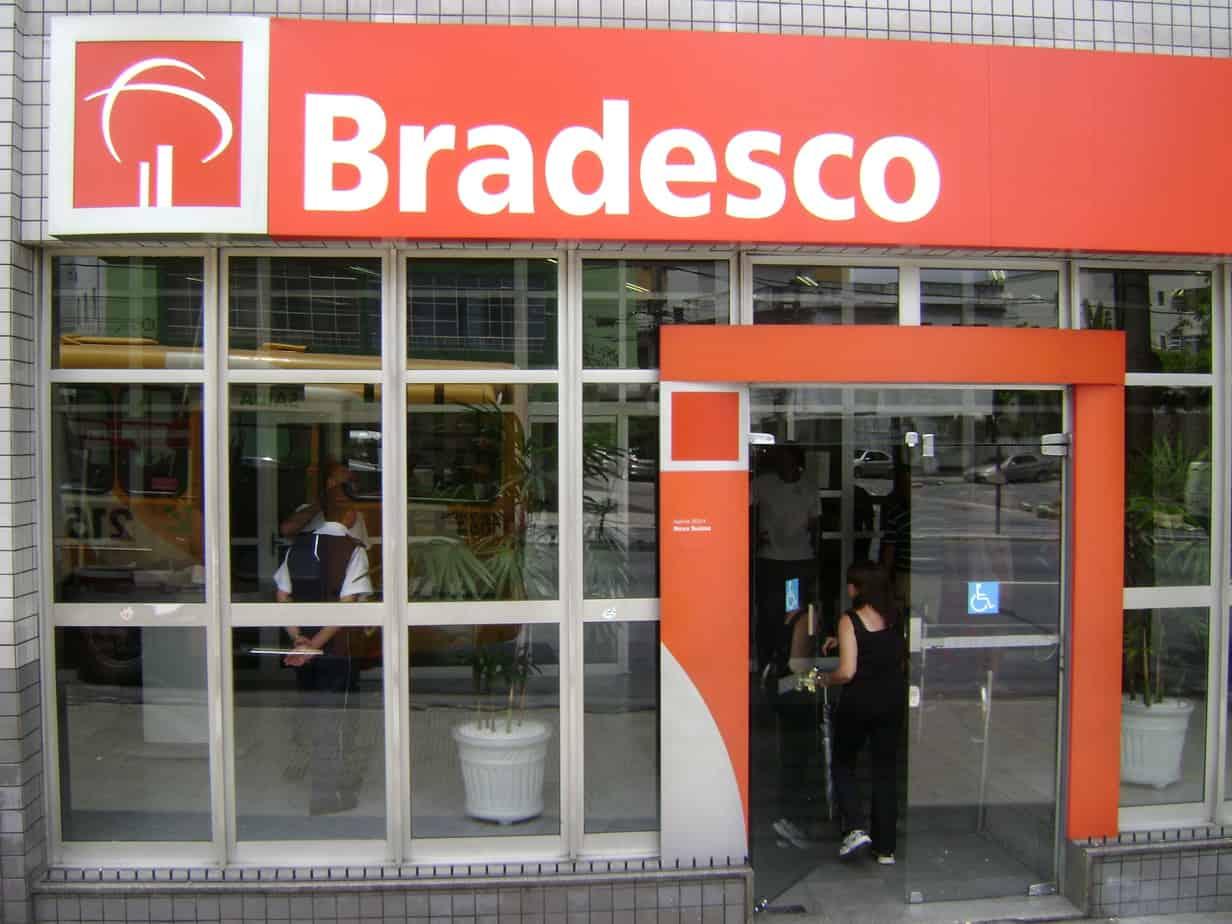 Brazilian Banco Brades...