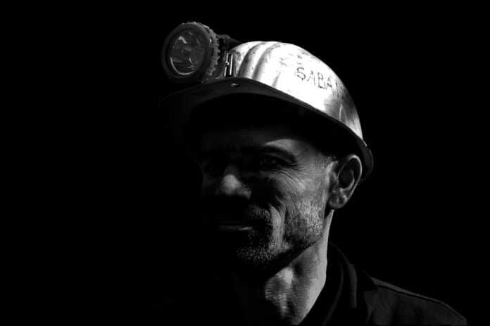 Miner One Takes on Envion for Green Mining Crown